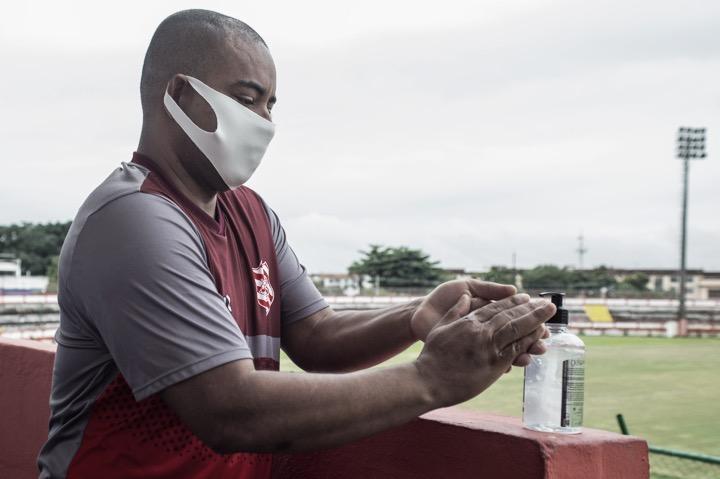 Madureira e Bangu acompanham Flamengo e retornam aos treinamentos
