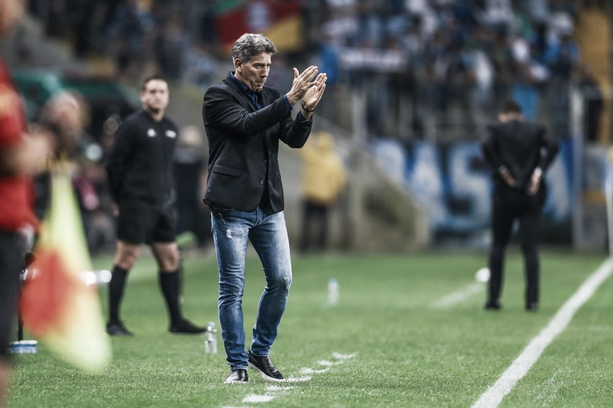 """Renato cita ditado e exalta insistência do Grêmio em classificação: """"Foi sofrido"""""""