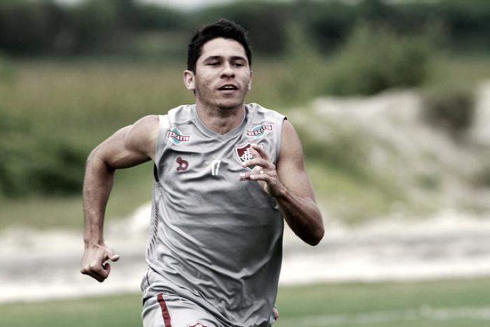 Osvaldo rescinde contrato com Fluminense e encaminha acerto com Sport