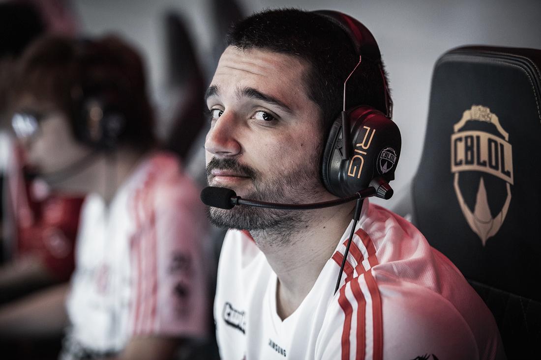 LoL: Jogo de amanhã do Flamengo será adiado para luto do clube