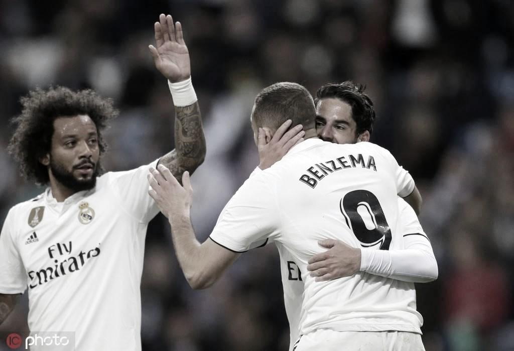 Benzema marca no fim e garante virada do Real Madrid contra Huesca