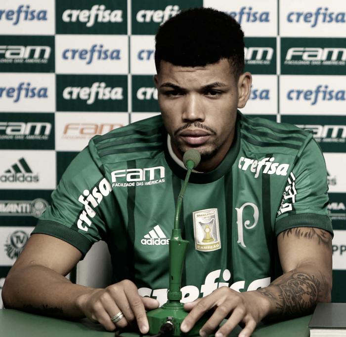 Brasileirão: Palmeiras vence Coritiba no Pacaembu