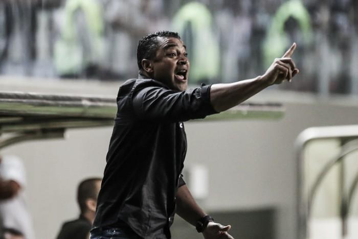 Roger Machado avalia arbitragem e elogia 'entrega' do Atlético-MG diante do Botafogo