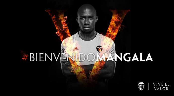 Valencia anuncia contratação do zagueiro Eliaquim Mangala para lugar de Mustafi