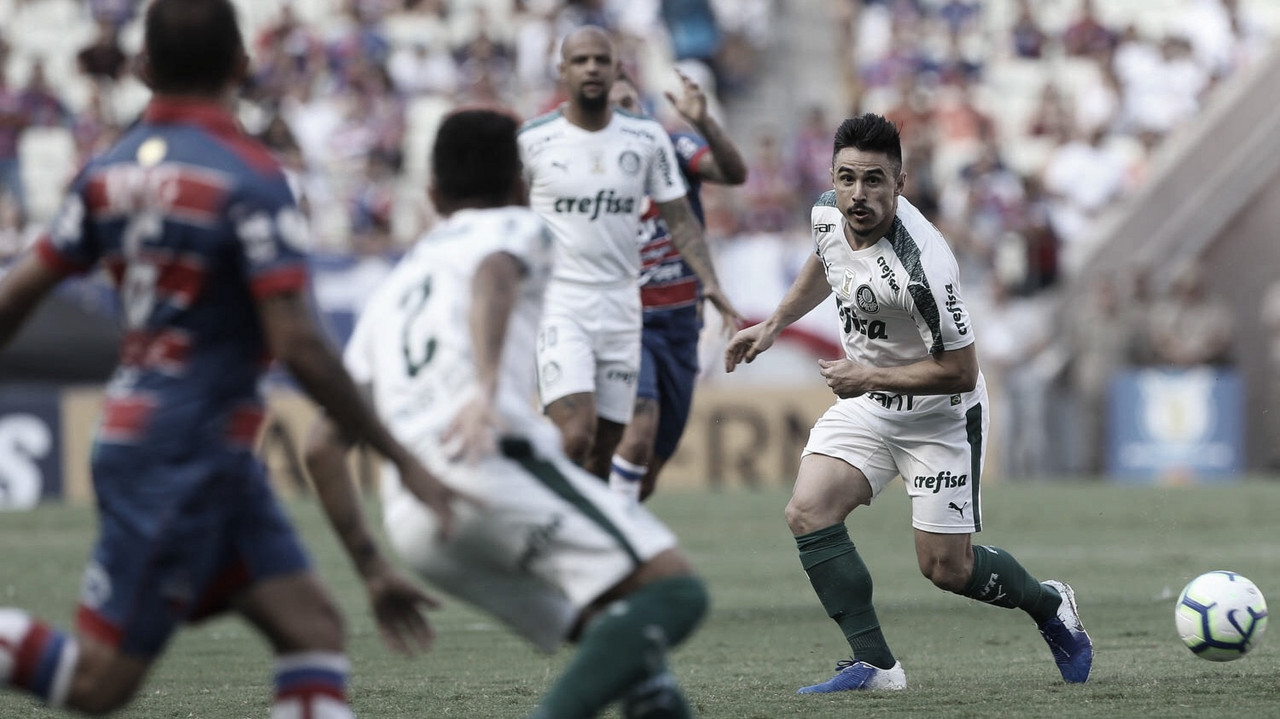 Em jogo de poucas chances, Palmeiras derrota Fortaleza e se mantém perto do líder