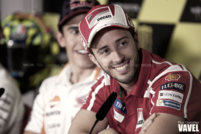 Dovizioso opina sobre sus compañeros, especialmente sobre Valentino Rossi