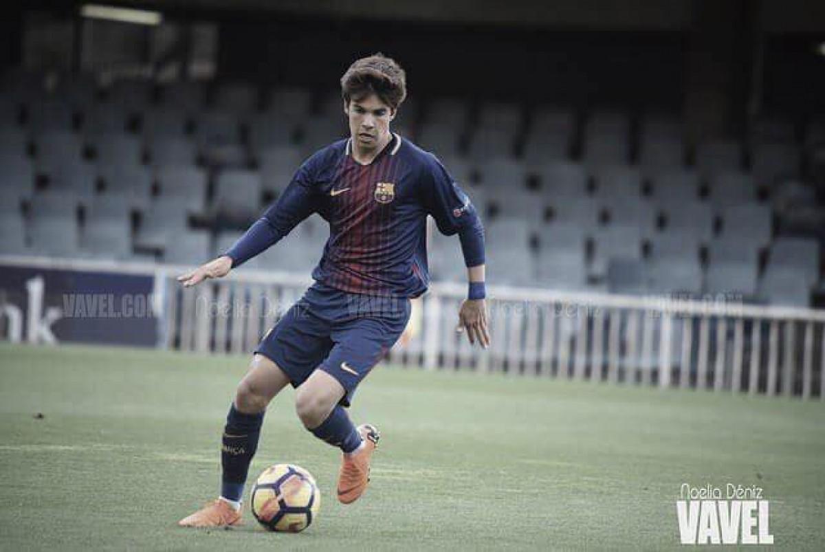Riqui Puig renueva con el Barça