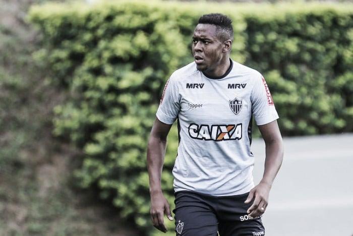 Roger Bernardo é registrado no BID e vira opção para próximo jogo do Atlético-MG