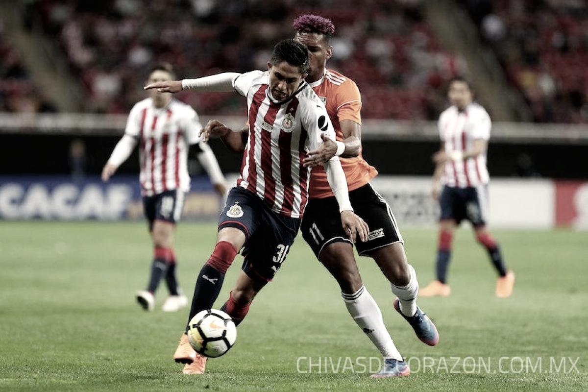 """Alan Cervantes: """"Chivas me cumplió un sueño más"""""""
