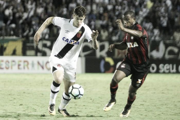 Jogo Atlético-PR x Vasco no Campeonato Brasileiro 2017 (0-0)