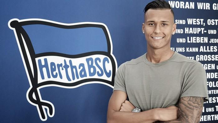 Destaque nas categorias de base da Alemanha, atacante Davie Selke assina com Hertha Berlin