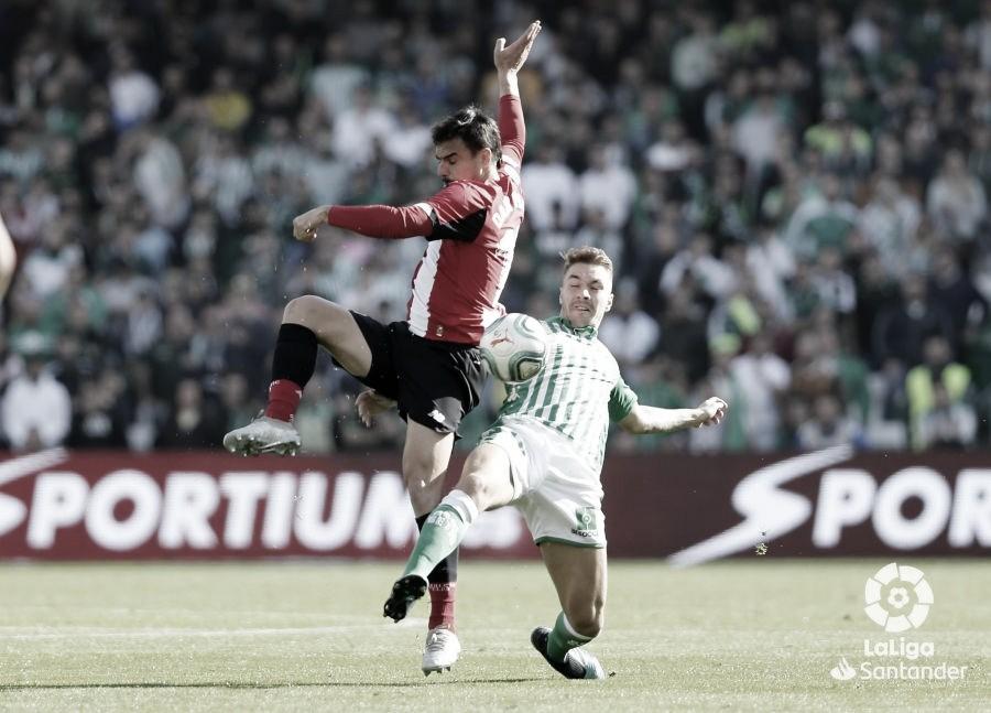 Loren luchando por el balón ante el Athletic Club | Foto: LaLiga Santander