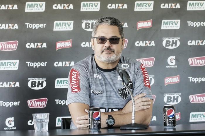 Micale analisa peças do Atlético-MG e comenta negociação de Rafael Carioca com Tigres-MEX