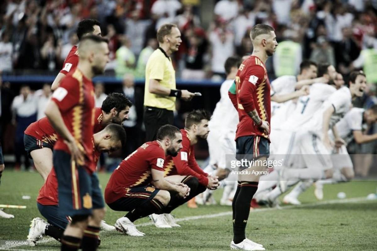 Espanha cumpre tradição de ser eliminada por equipas anfitriãs e diz adeus ao Mundial
