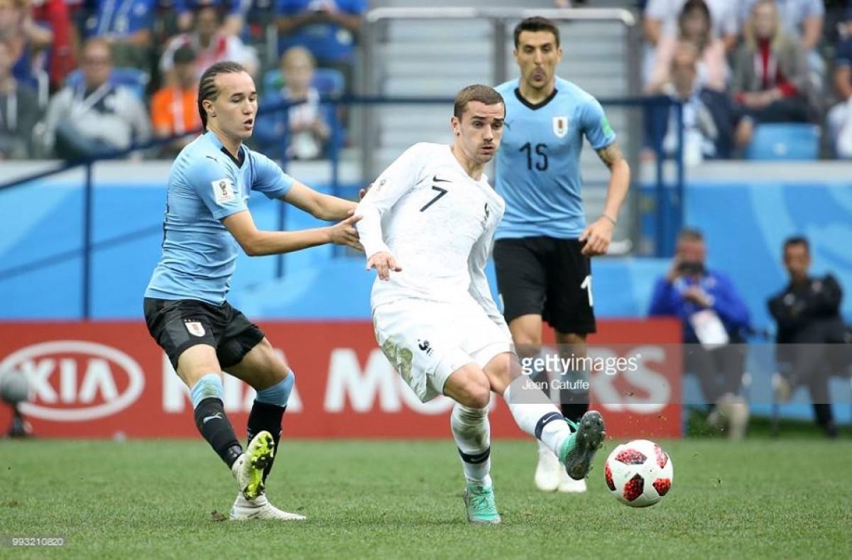 Uruguai cai nos quartos