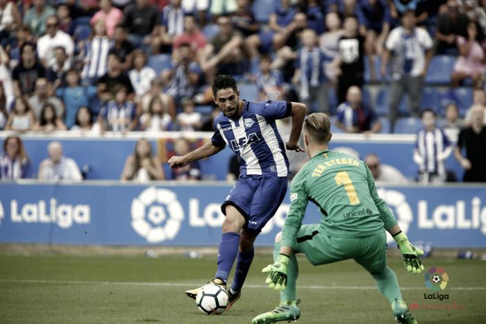 Messi decide un partido sin ritmo