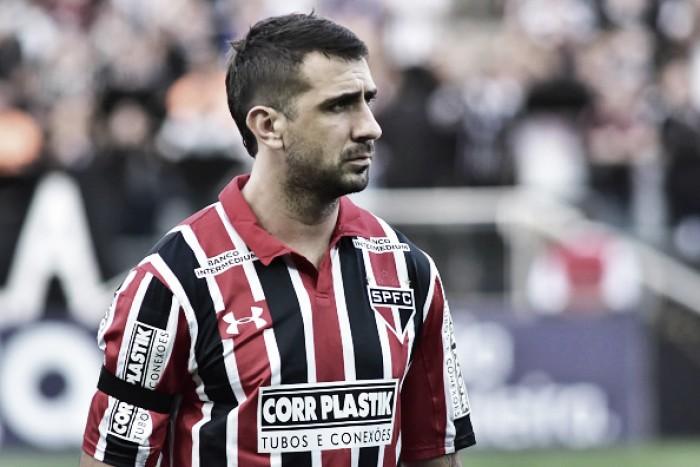 Lucas Pratto reforça carinho pelo Atlético-MG e quer aproveitar má fase do Galo para vencer no Horto
