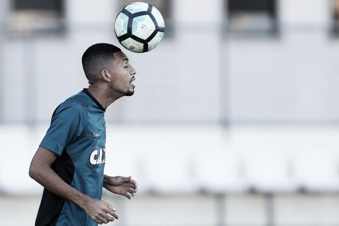 """Recuperado de lesão no tornozelo, Matheus Fernandes afirma: """"Quero jogar"""""""