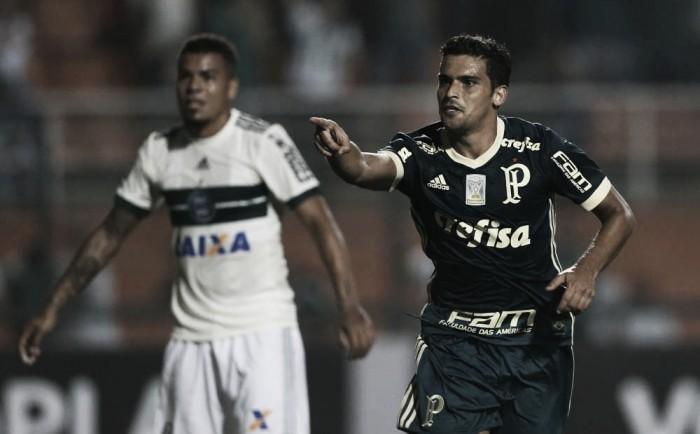 Em bom jogo no Pacaembu, Palmeiras vence Coritiba e continua no G-4