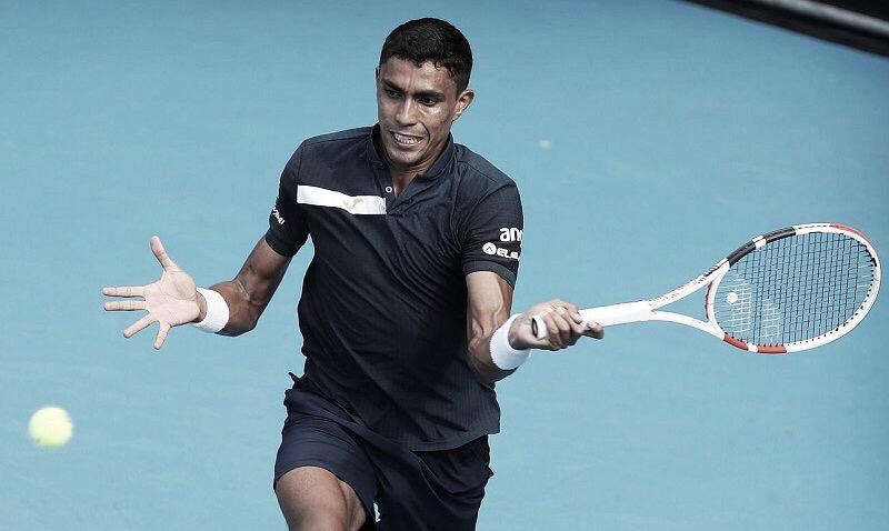 Em partida equilibrada, Monteiro cai diante de Paire e está eliminado do ATP 250 de Adelaide