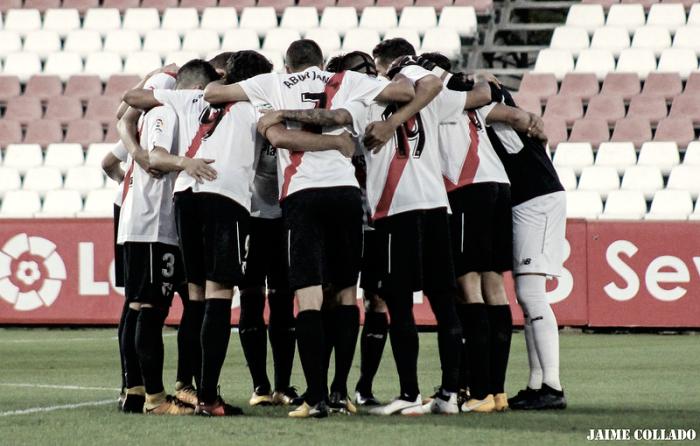 Previa Albacete - Sevilla Atlético: el miedo a Segunda B pasa por el Carlos Belmonte