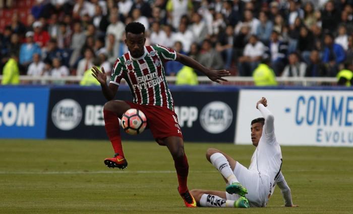 LDU envia proposta por Orejuela, do Fluminense