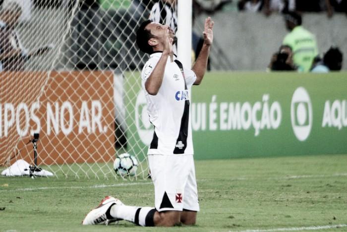 """Nenê vibra com vitória sobre Botafogo e define palavras para triunfo: """"Intensidade e atitude"""""""