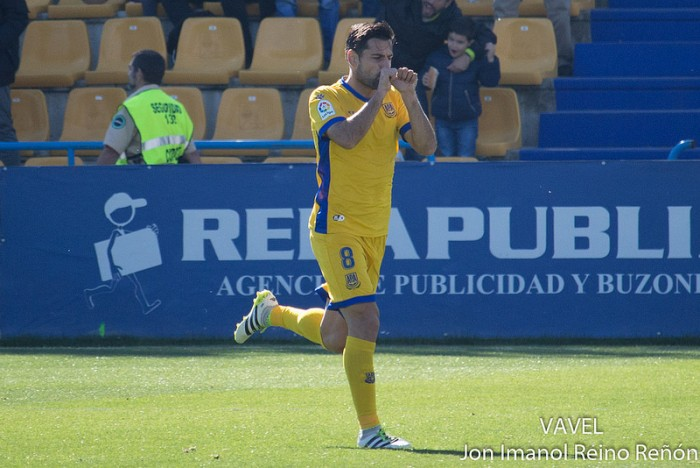 Albert Dorca: ''No tenemos miedo al Huesca, podemos ganarles''