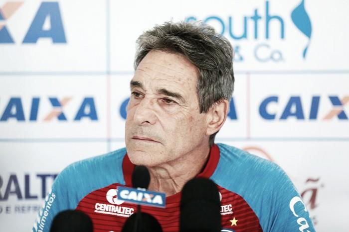 Carpegiani elogia desempenho e postura diferente do Bahia no segundo tempo