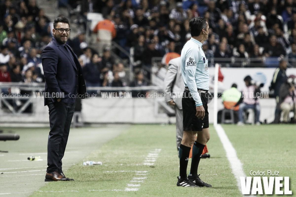 Antonio Mohamed, frustrado por eliminación en Copa MX