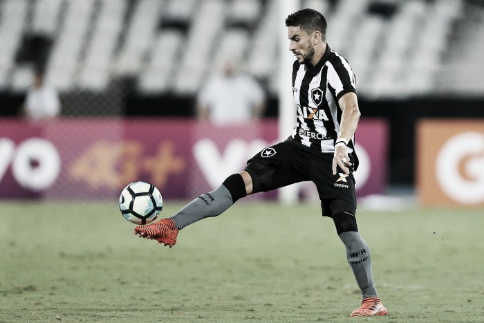 """Rodrigo Pimpão reitera seriedade em elenco do Botafogo: """"A gente não está aqui de brincadeira"""""""