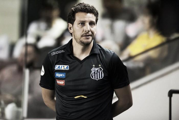 """Sem chances de título, Elano mira novo alvo ao Santos: """"Libertadores mais rápido possível"""""""