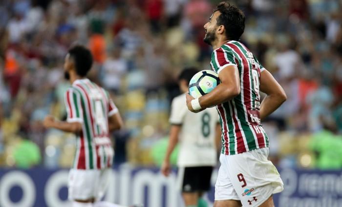 Henrique Dourado e Sornoza levam terceiro amarelo e não enfrentam Cruzeiro