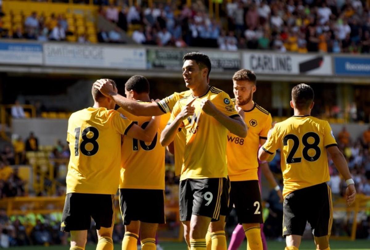 """Wolves"" com 5 portugueses vence Villareal (2-1)"