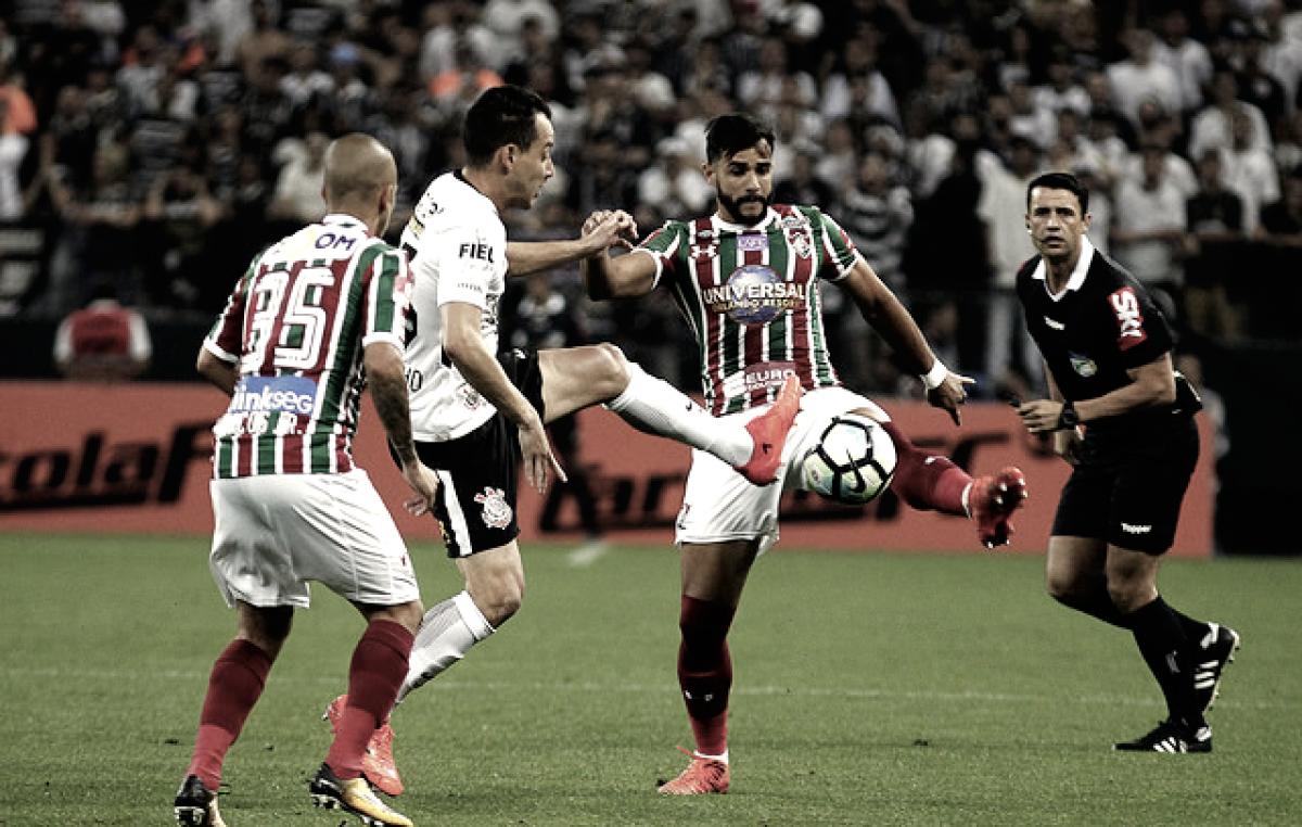 Corinthians e Fluminense se enfrentam na abertura do Brasileirão