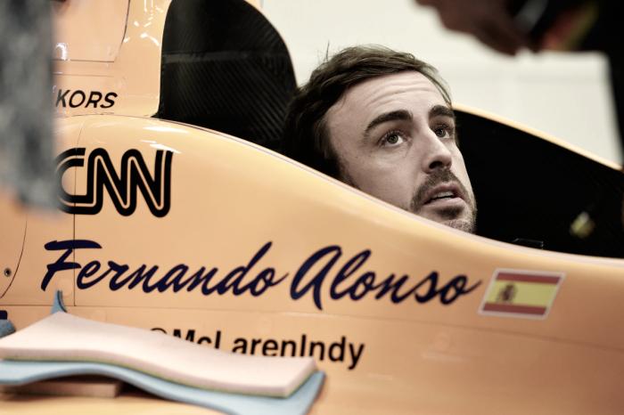 Sato trionfa alla Indy 500, il motore Honda tradisce ancora Alonso!