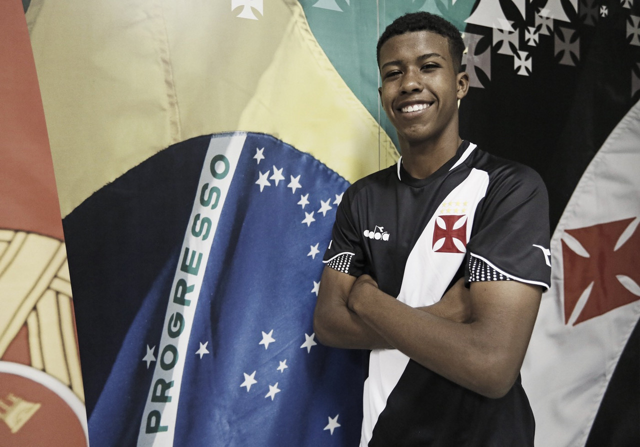 Promessa do Vasco, Andrey está 'preparado' para assinar contrato profissional