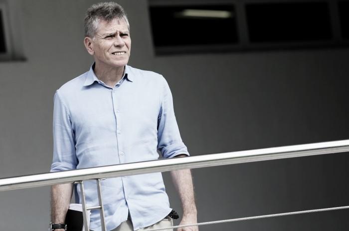 """Autuori lamenta ausência de Scarpa mas garante: """"É jogador do Fluminense"""""""