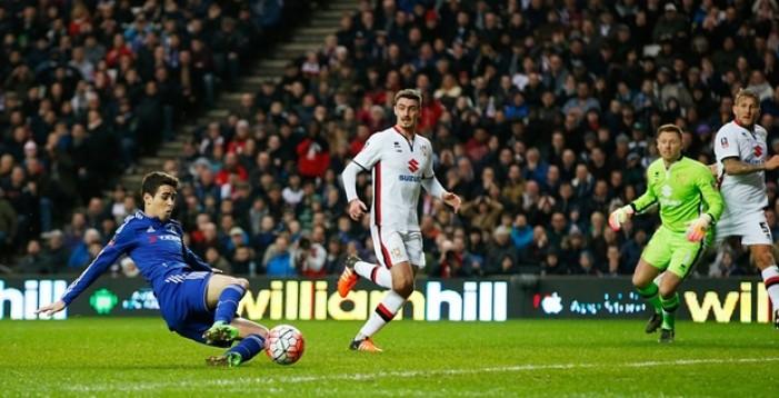 FA Cup, avanti anche Chelsea ed Everton