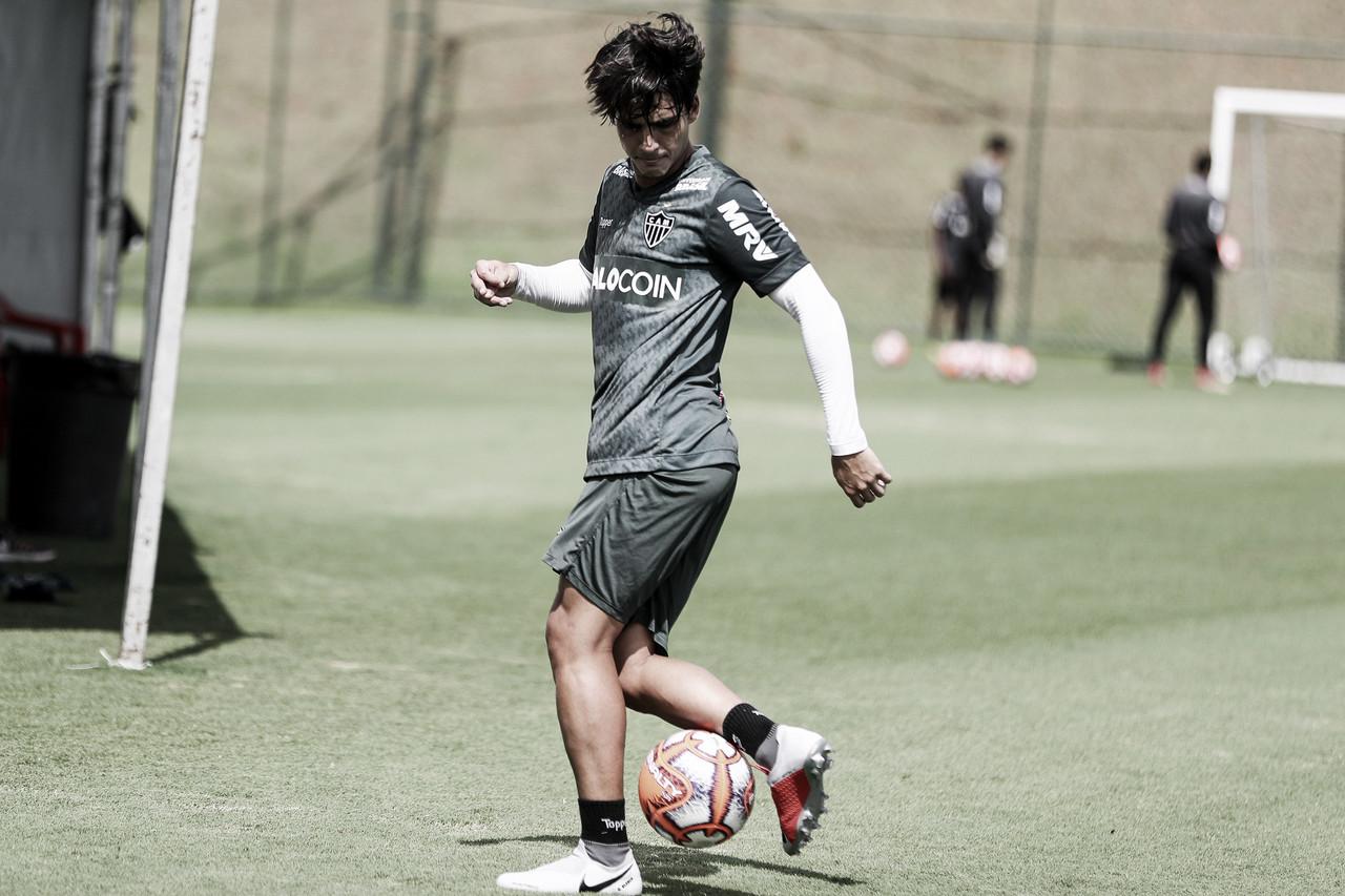 Gustavo Blanco sofre nova lesão no joelho e desfalca Atlético-MG por oito meses