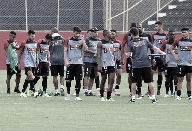 Em momentos distintos na temporada, Vitória e Ceará se enfrentam pela Copa do Nordeste