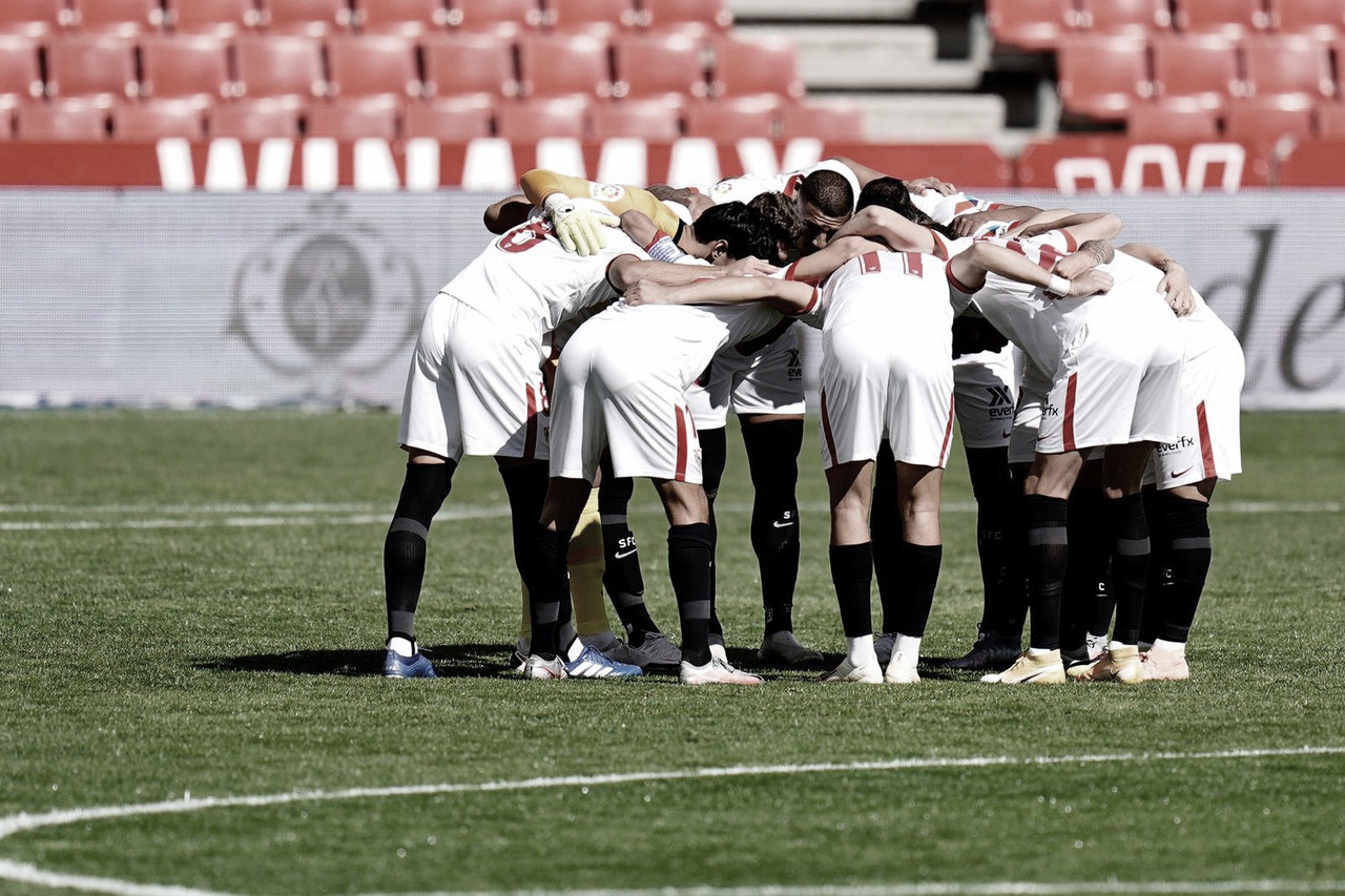 Jugadores del Sevilla antes de empezar el encuentro |Foto: Sevilla FC (twitter)