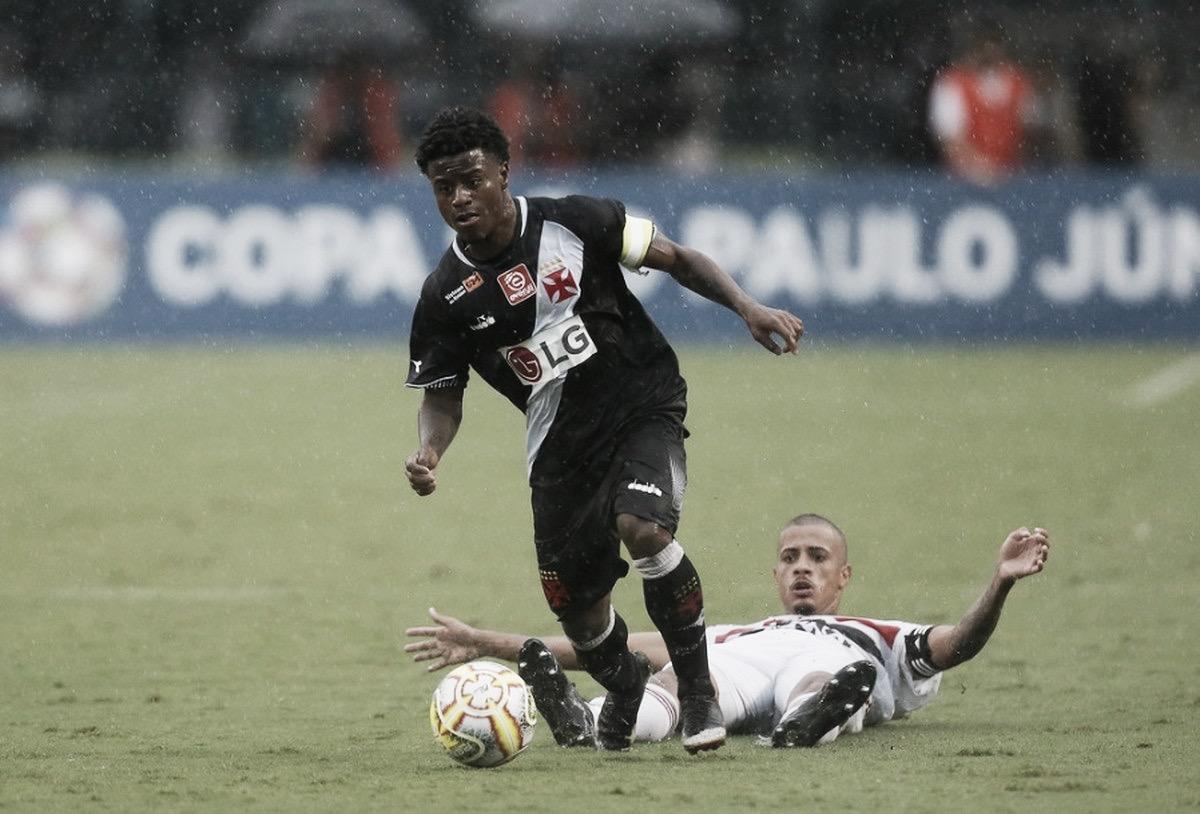 Destaque na Copa São Paulo, Lucas Santos deve deixar o Vasco rumo à Rússia