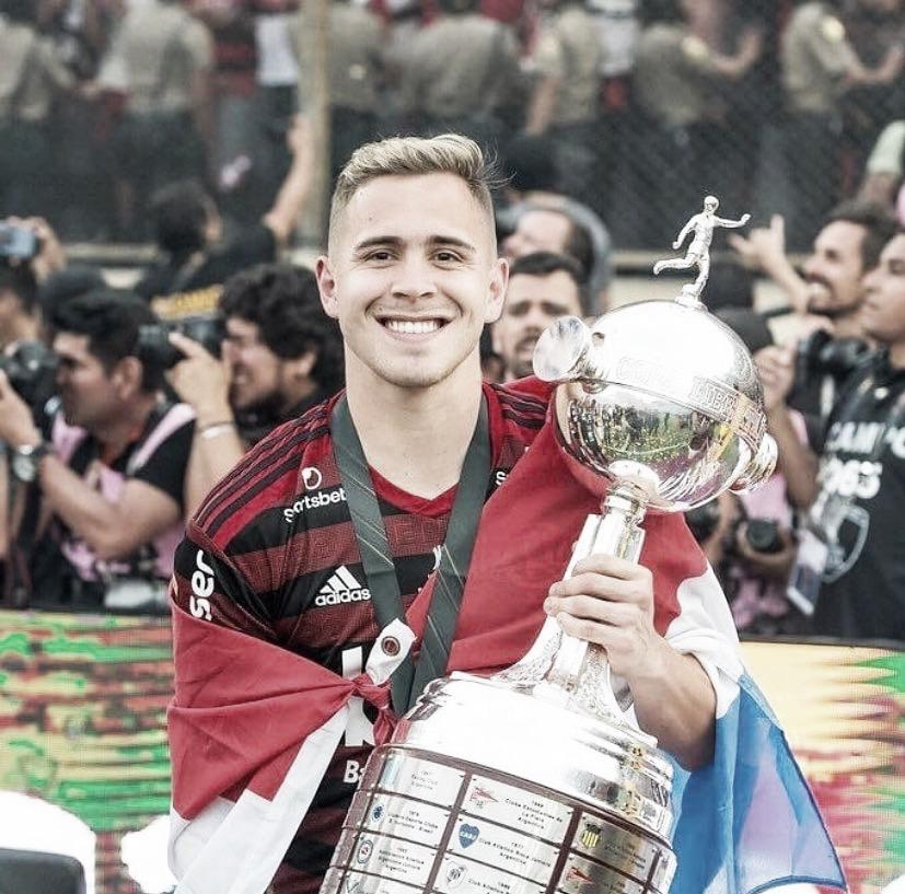 Sem contratações, Flamengo abre brecha para retornos de Piris da Motta e Rodinei