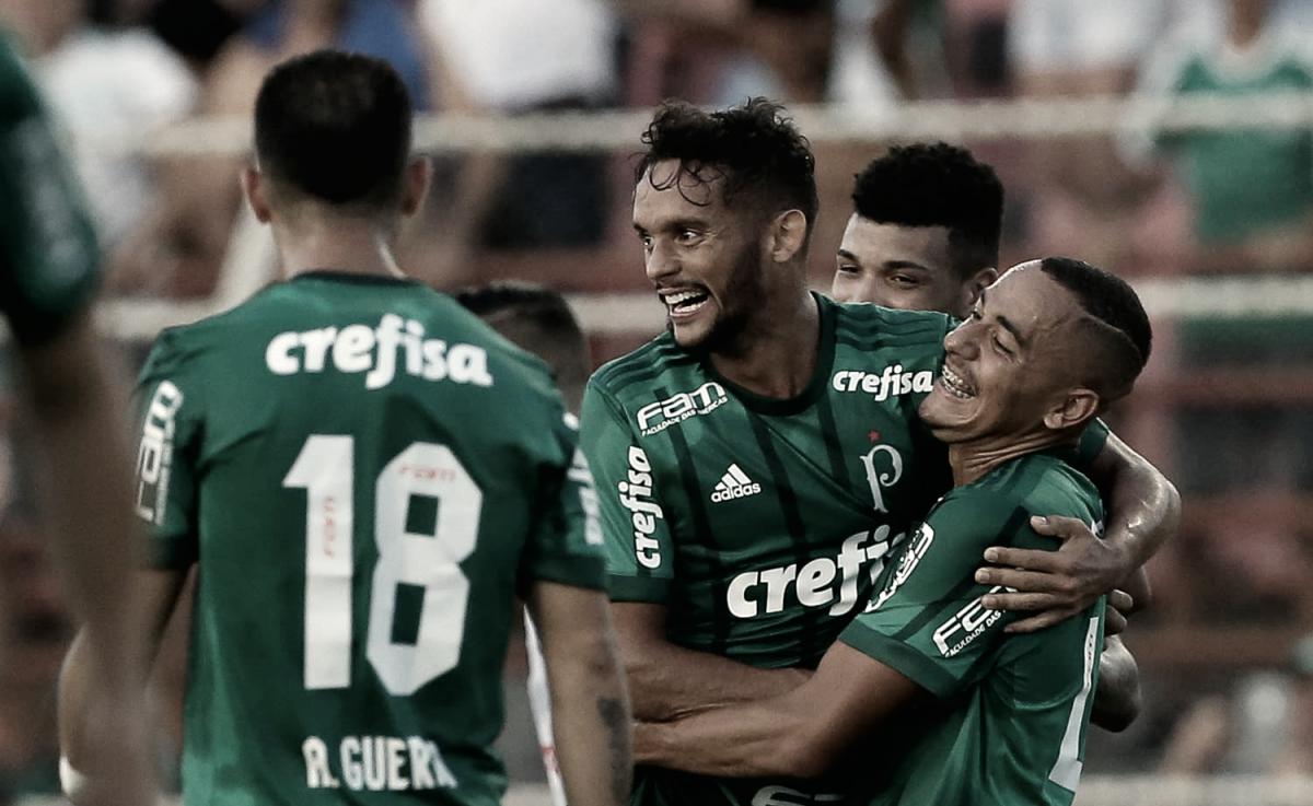 Dracena e Diogo Barbosa treinam com bola; Palmeiras deve ter reservas