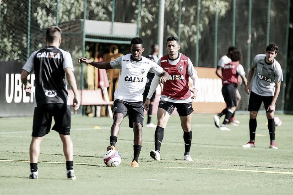 Atlético-MG arranca empate no final contra o Tupi