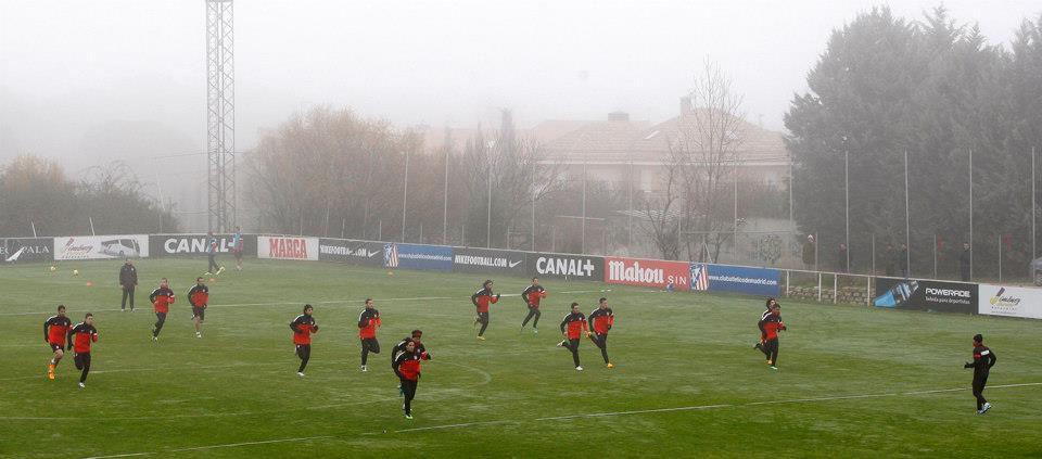 Mario Suárez se retiró por precaución en el último entrenamiento del año