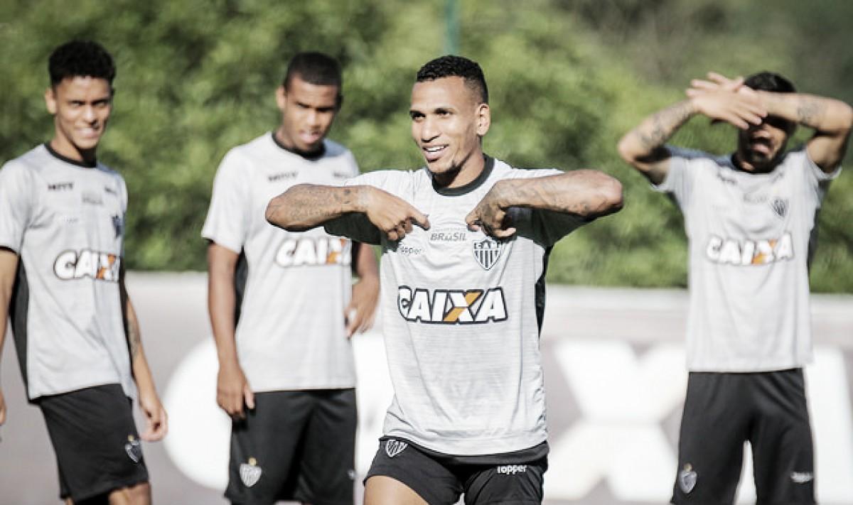 """Otero vê Atlético-MG em evolução e espera duelo decisivo na Copa do Brasil: """"Não podemos mais errar"""""""