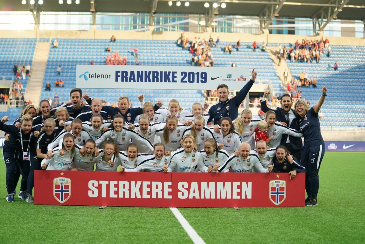 UEFA Women's World Cup qualifier: Norway 2-1 Netherlands – Early goals seal World Cup for the Football Girls