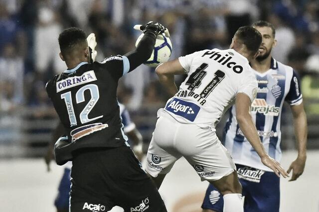 Em tarde dos goleiros, CSA e Santos empatam sem gols pelo Brasileirão